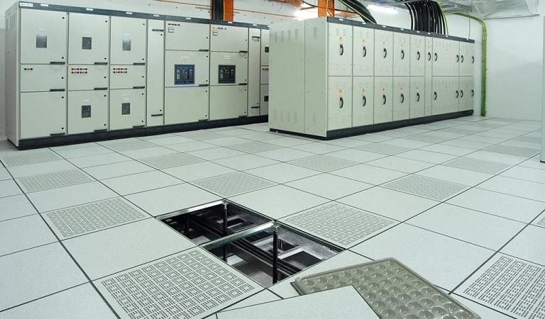 Yükseltilmiş döşeme sistemleri, zeminleri, avantajları, detayı ve fiyatları.